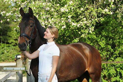 Karlijn Leemans HELTIE horse